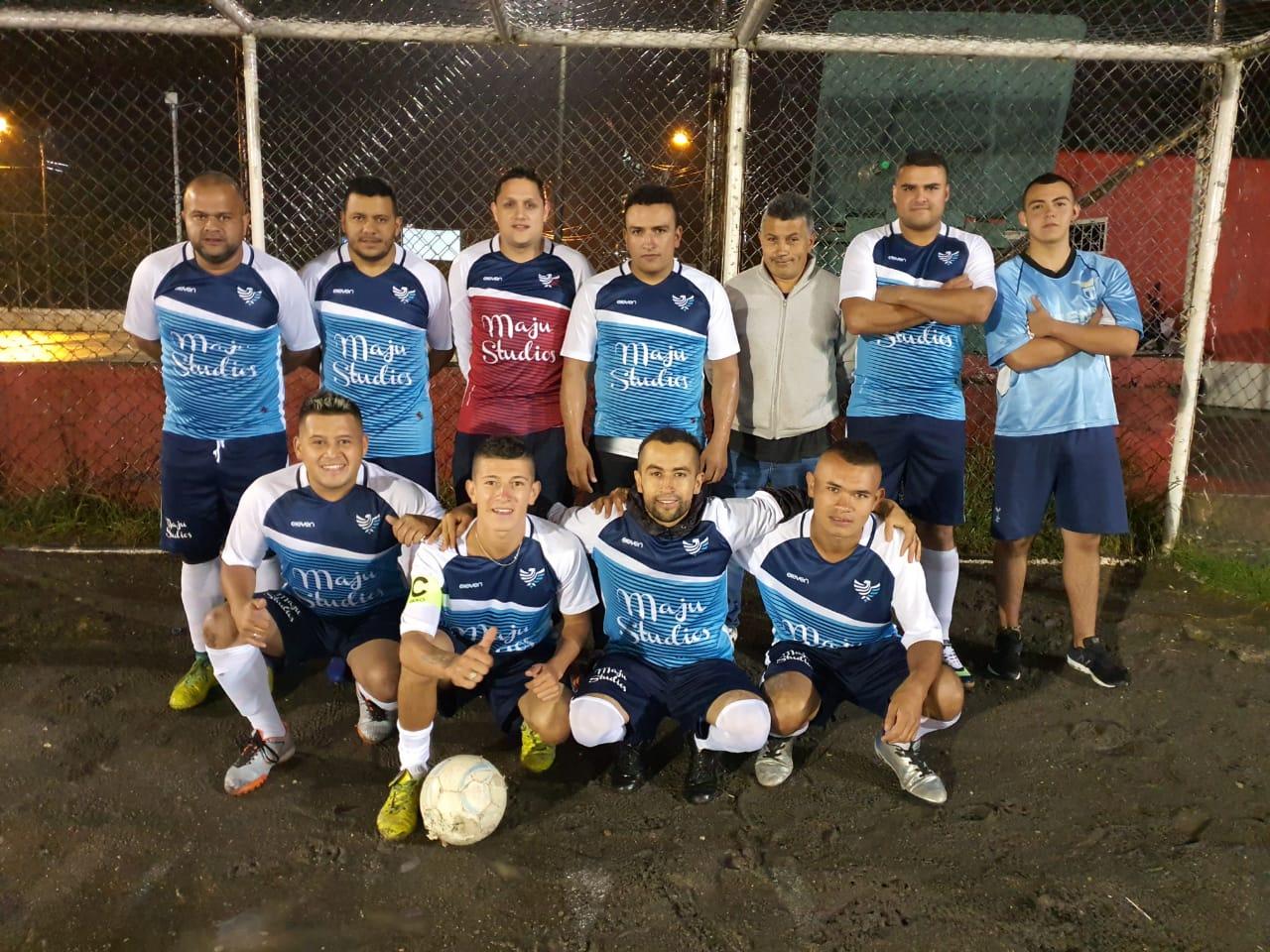 Equipo de Futbol de MaJu Studios en Manizales - Futbol aficionado Manizales
